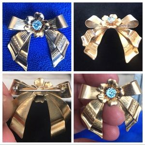 Vintage bow and flower brooch. Gold filled